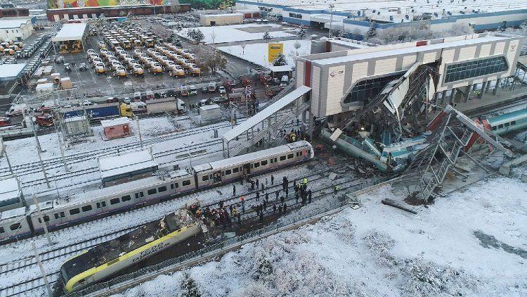Tren kazası ve tablo